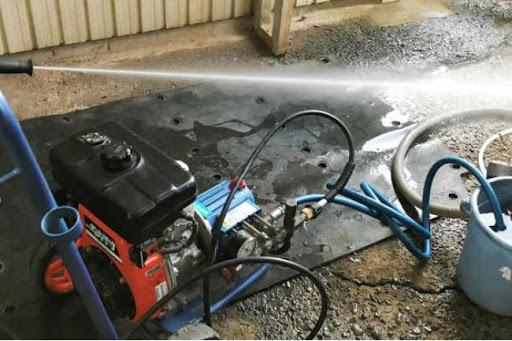 Máy vẫn cho hiệu năng phun rửa tốt